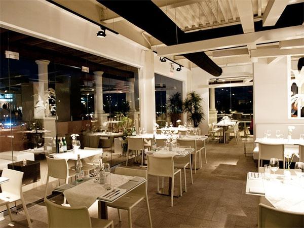 White Modern Cousine restaurant on site