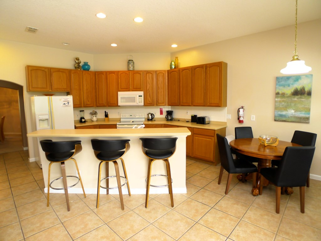 Breakfast Bar and Spacious Kitchen