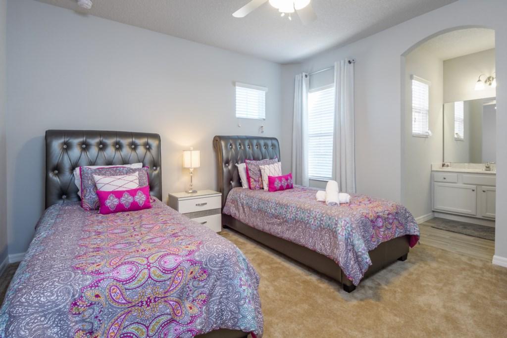 31.Bedroom 2