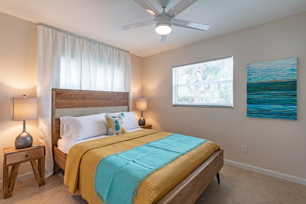 3rd bedroom with queen