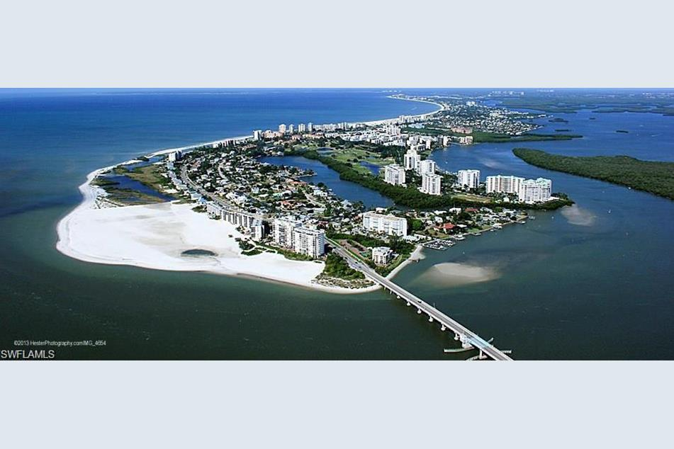 ariel view south end of Fort Myers Beach.jpg