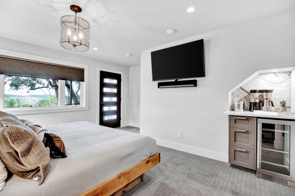 Guest Bedroom 4 Photo 2 of 2