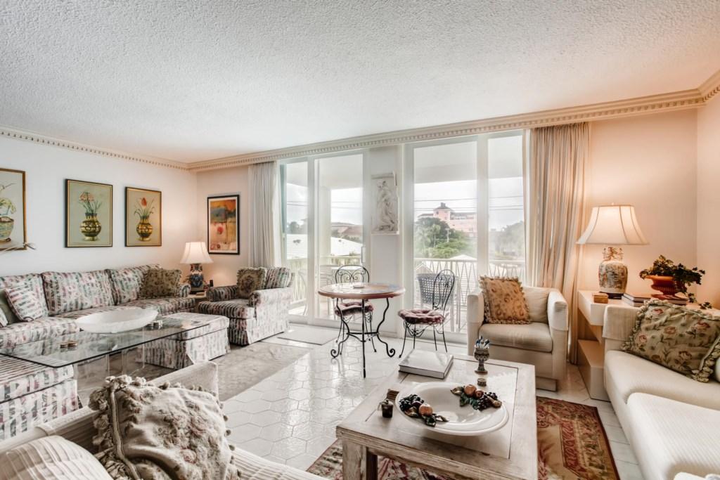 170 Chilean Ave Unit 4B Palm-large-002-001-Living Room-1500x1000-72dpi.jpg