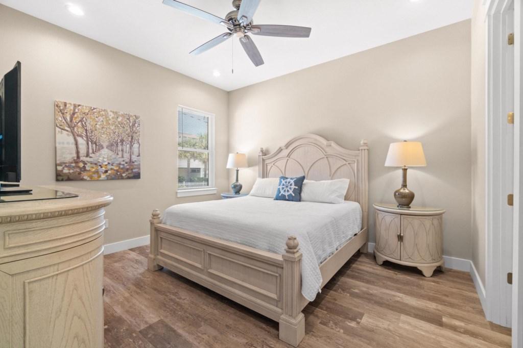 Level 1 King Bedroom #1