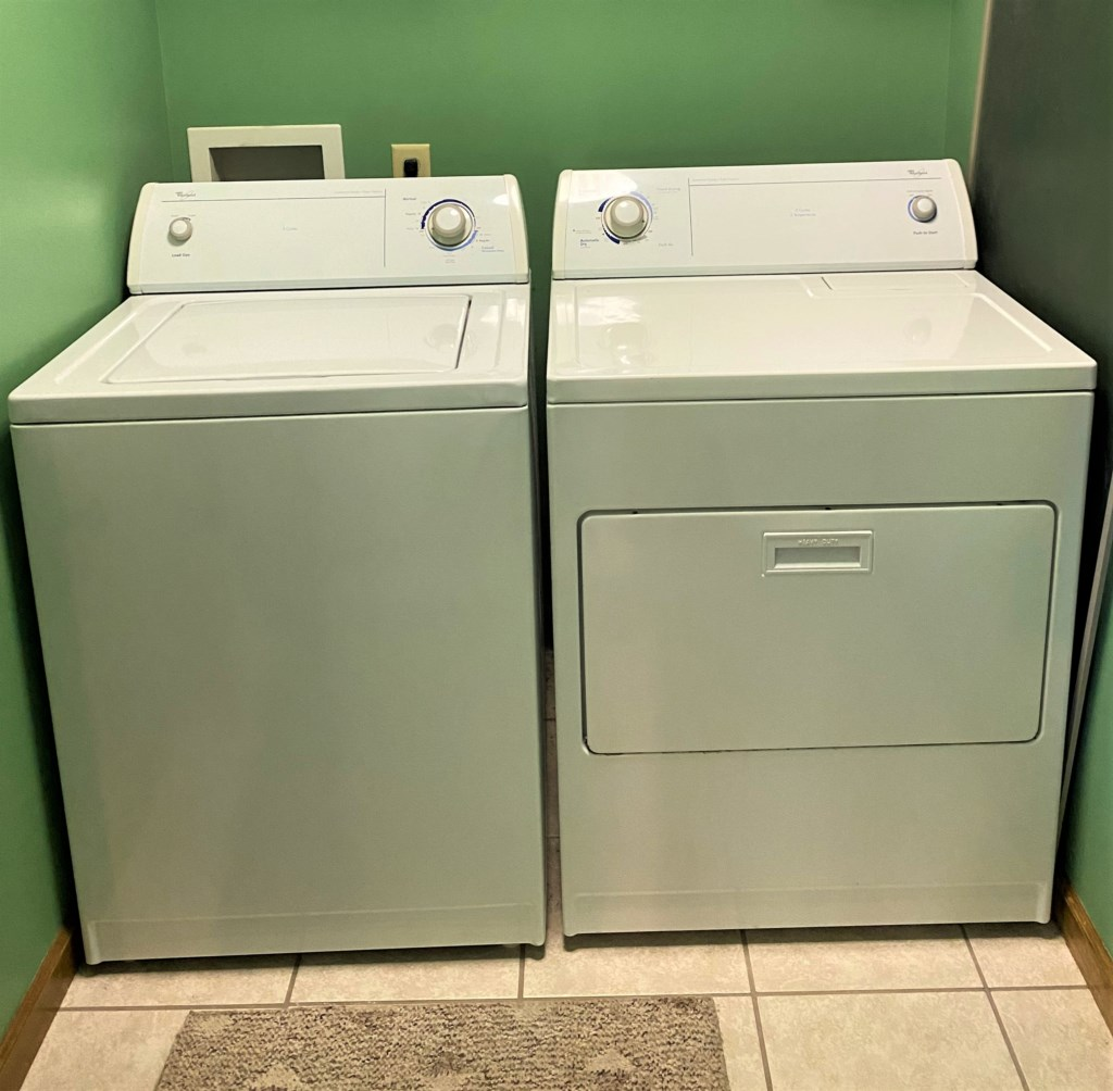 Laundry Unit (Downstairs)