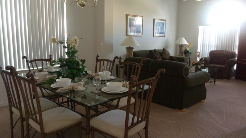 Formal Dining Room/Sitting Room