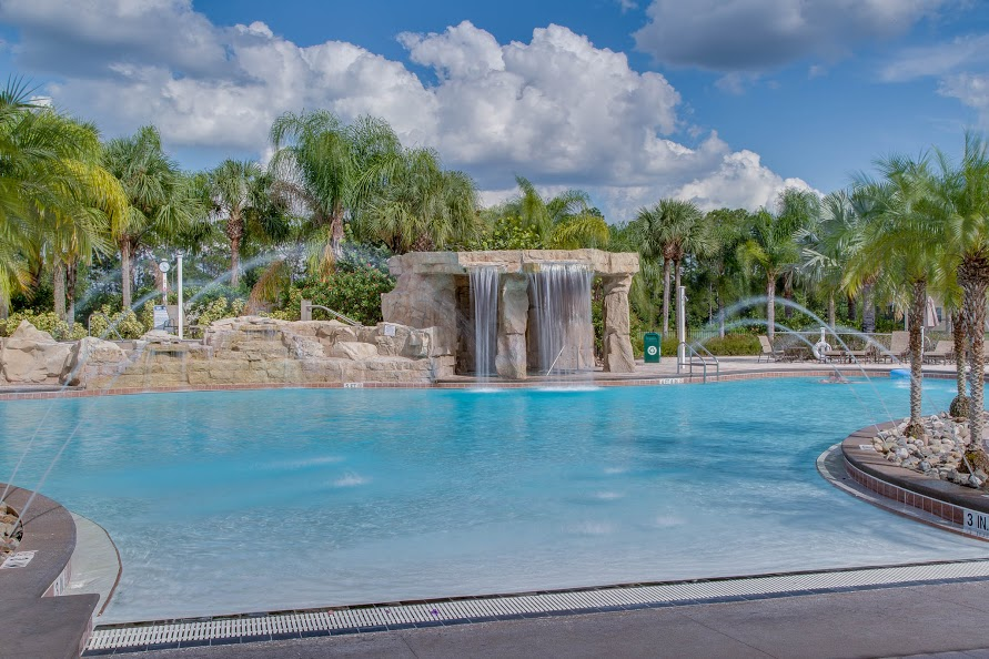 piscina1.jpg