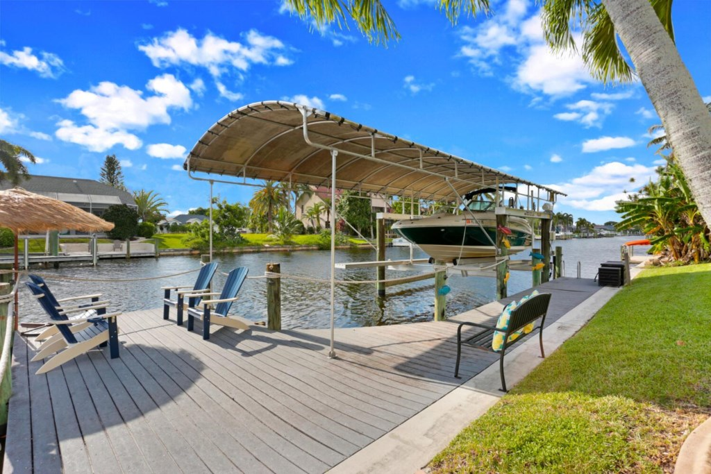 Large dock - Lift is not available but there is plenty of room to park a boat dockside