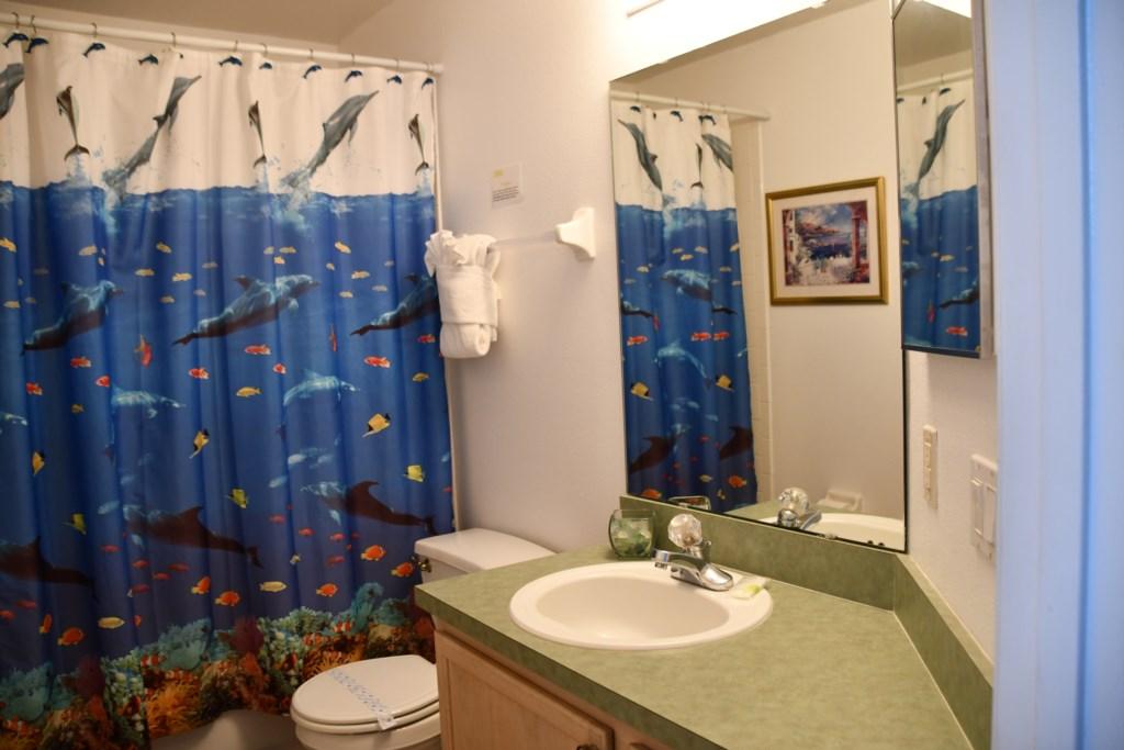 Bathroom Tub & Shower