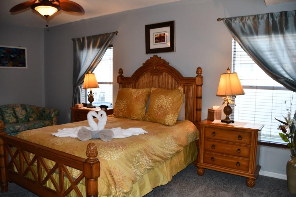 Master Queen Size Bedroom