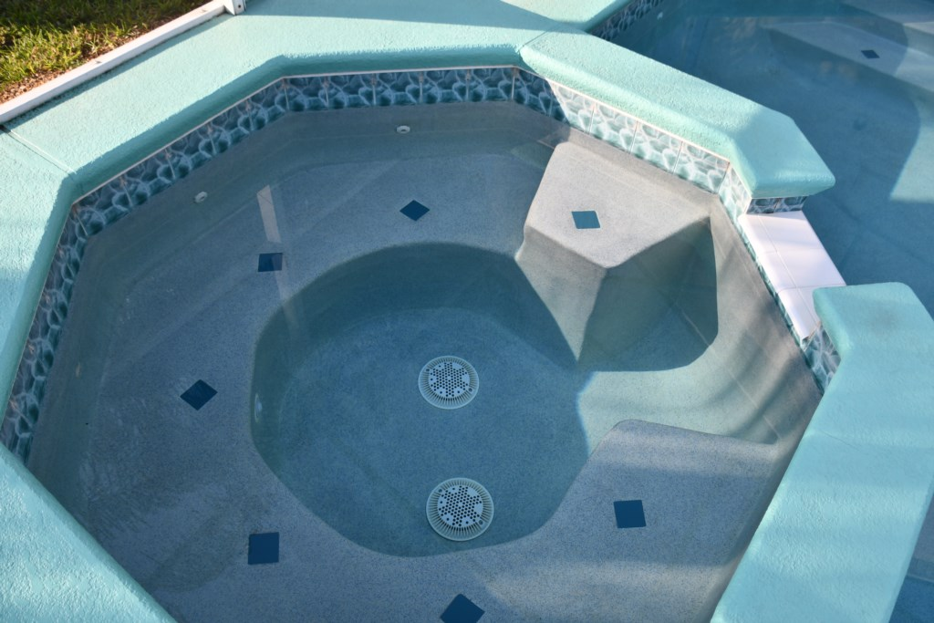 Large spa with plenty of seating for 6