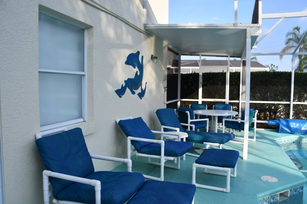 Lots of comfortable outside seating for you to relax after a busy day of sightseeing