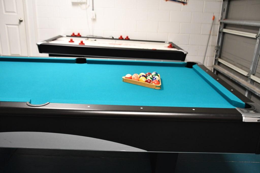 Air Hockey & Pool Table