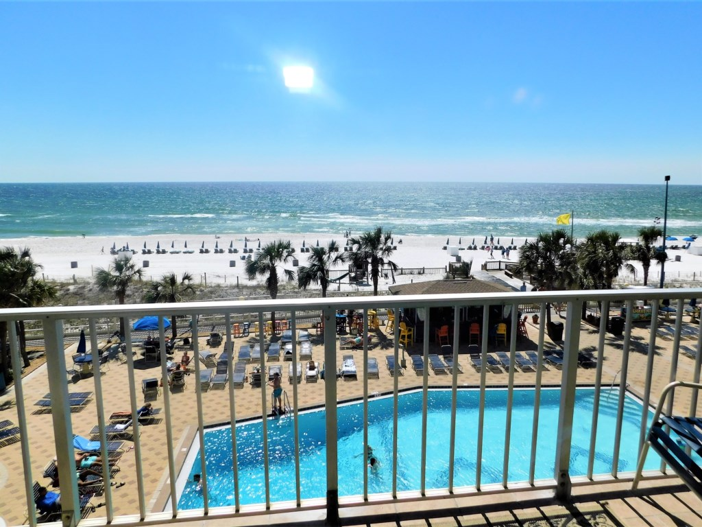 Great One Bedroom Condo at The Summit in PCB!