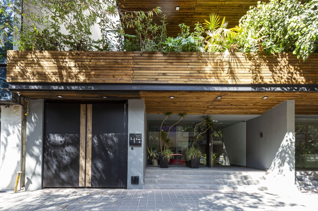 Brand new and secure building in the heart of Mexico City