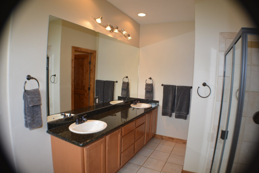 Double Sink and Granite Counters