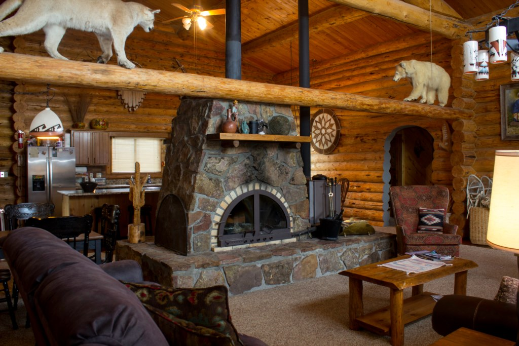 Beautiful Cabin Decor and Fireplace