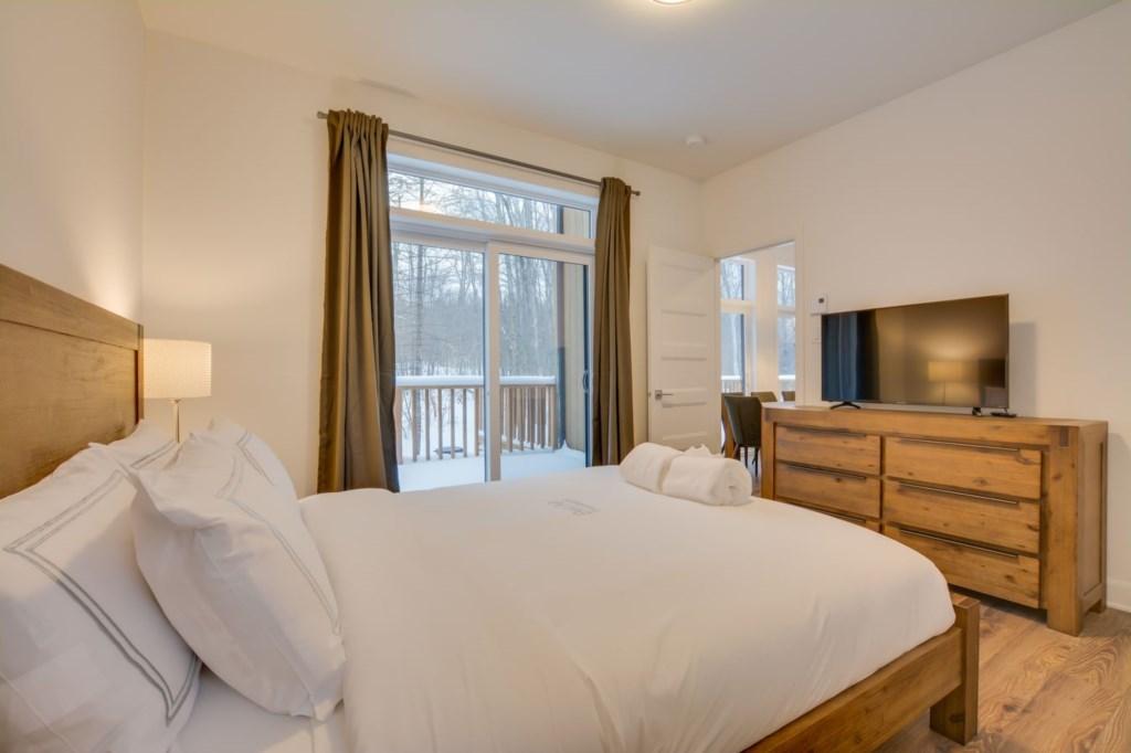 bedroom-one-2.jpg