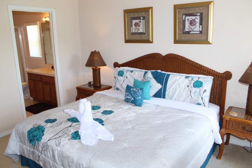 King master bedroom with ensuite