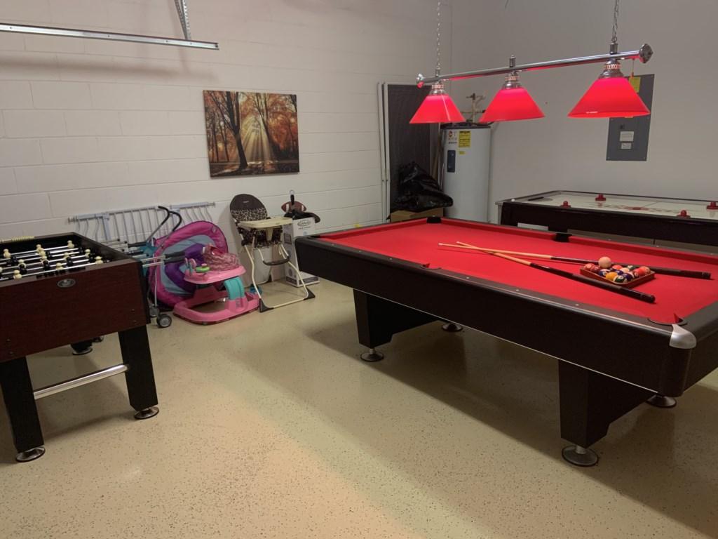 Garage/games room