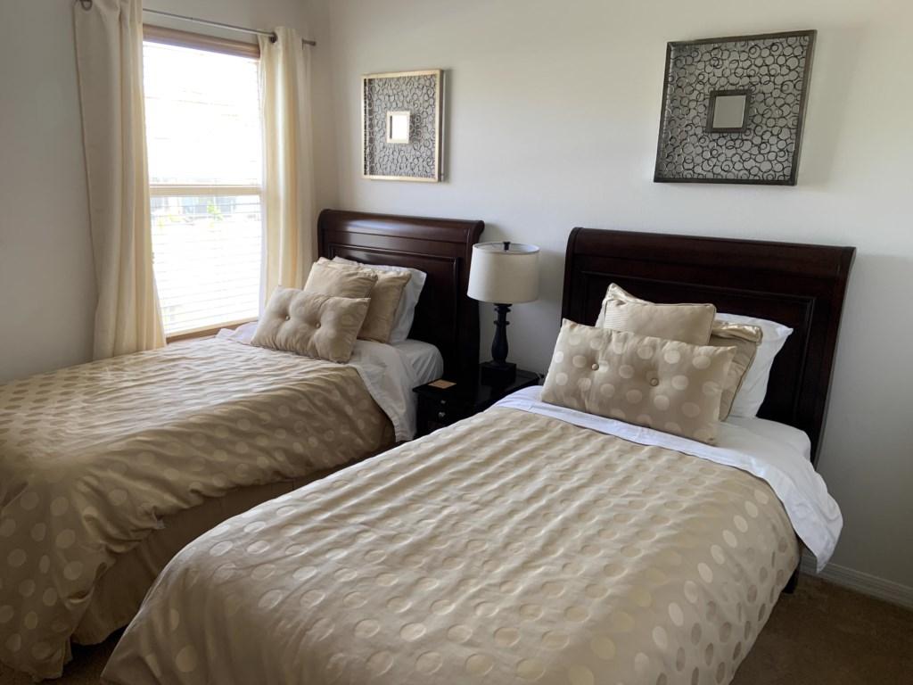 Upstairs twin bedroom