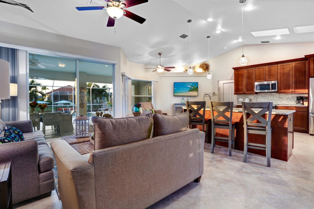 5366 Coral Ave Cape Coral FL-large-018-20-IMG 86881-1500x1000-72dpi.jpg