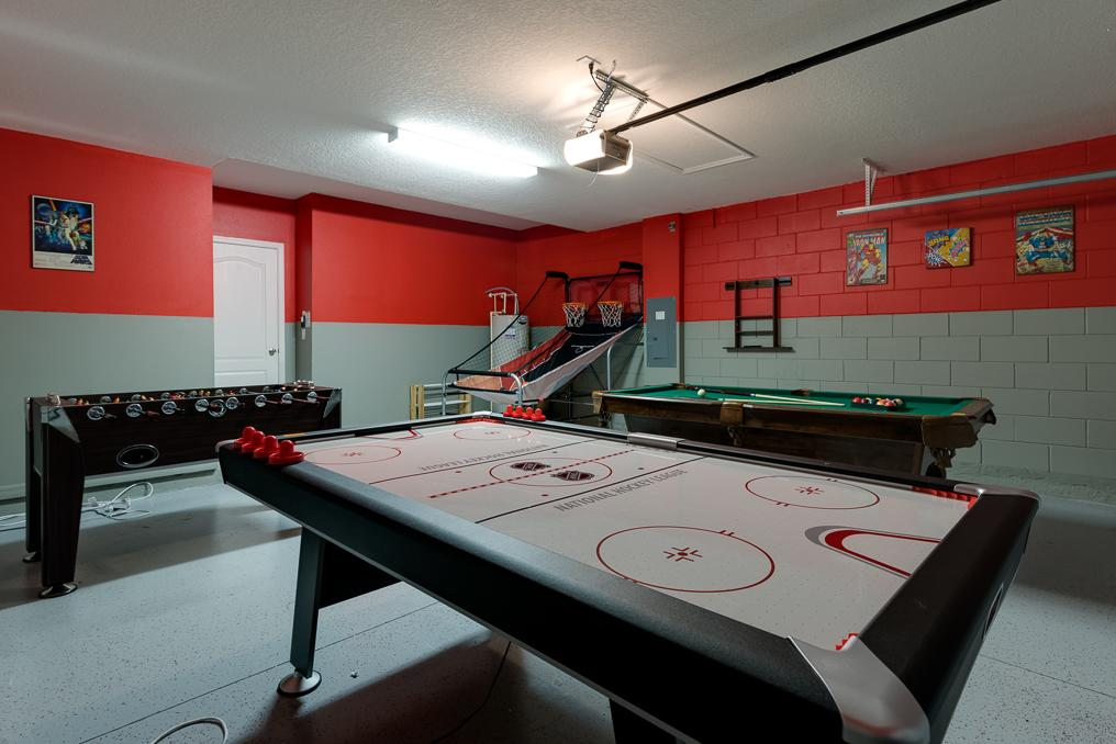 9116SC games room.jpg