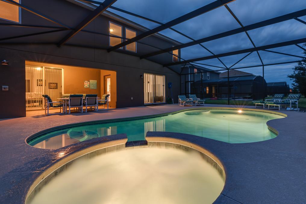 9116SC pool deck (2).jpg