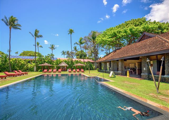 Aina Nalu   Infinity Pool & Cabana   Full AC