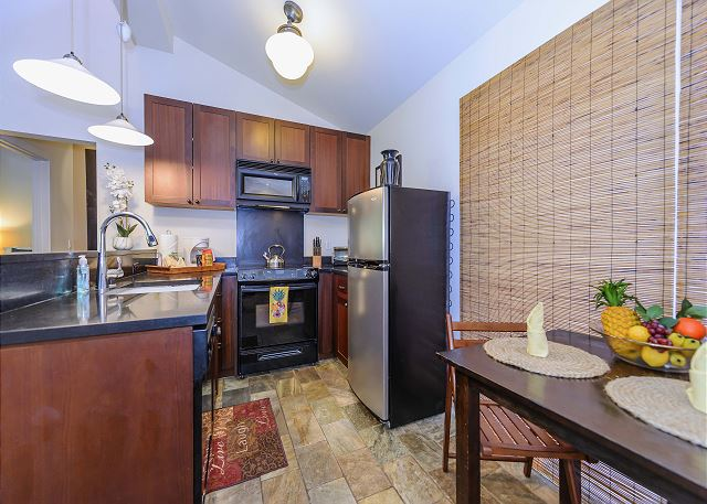 Well equipped kitchen with all you will need to enjoy snacks or 3 course dinners.