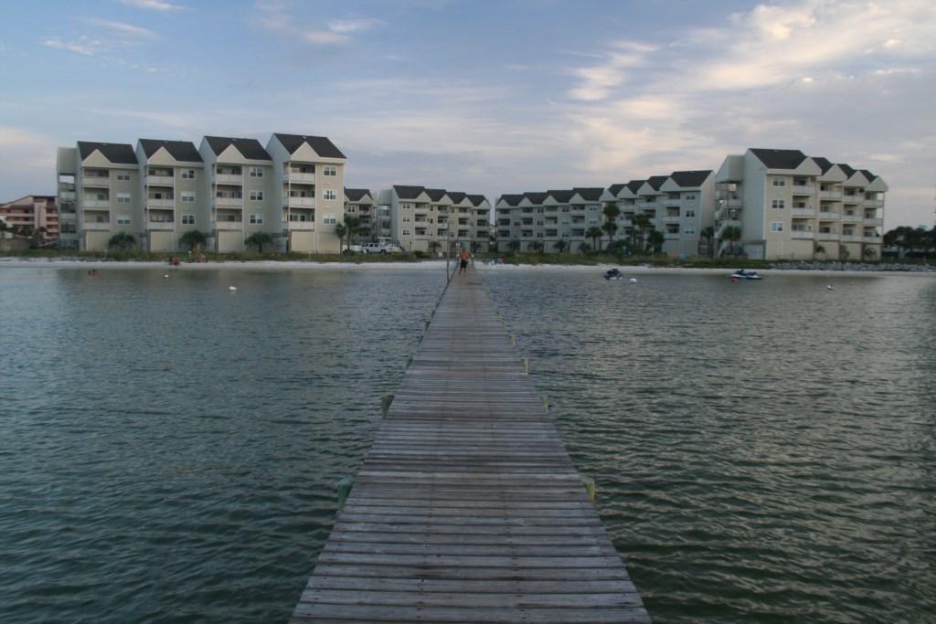 Baywatch pier