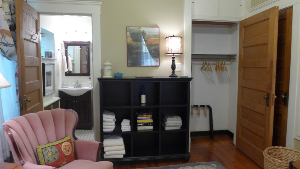 You'll find extra towels here, and luggage racks in the bedroom closet of Anna's Retreat.
