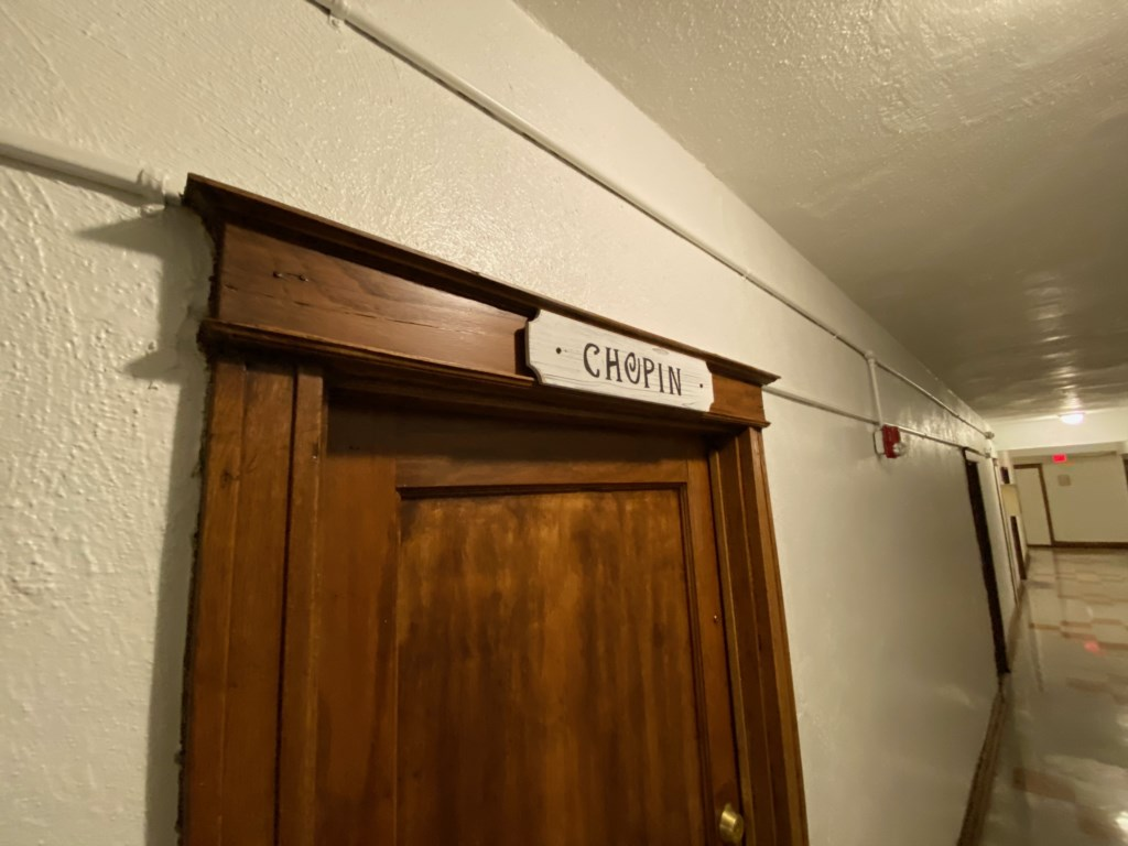 Entrance to the apartment is well marked.