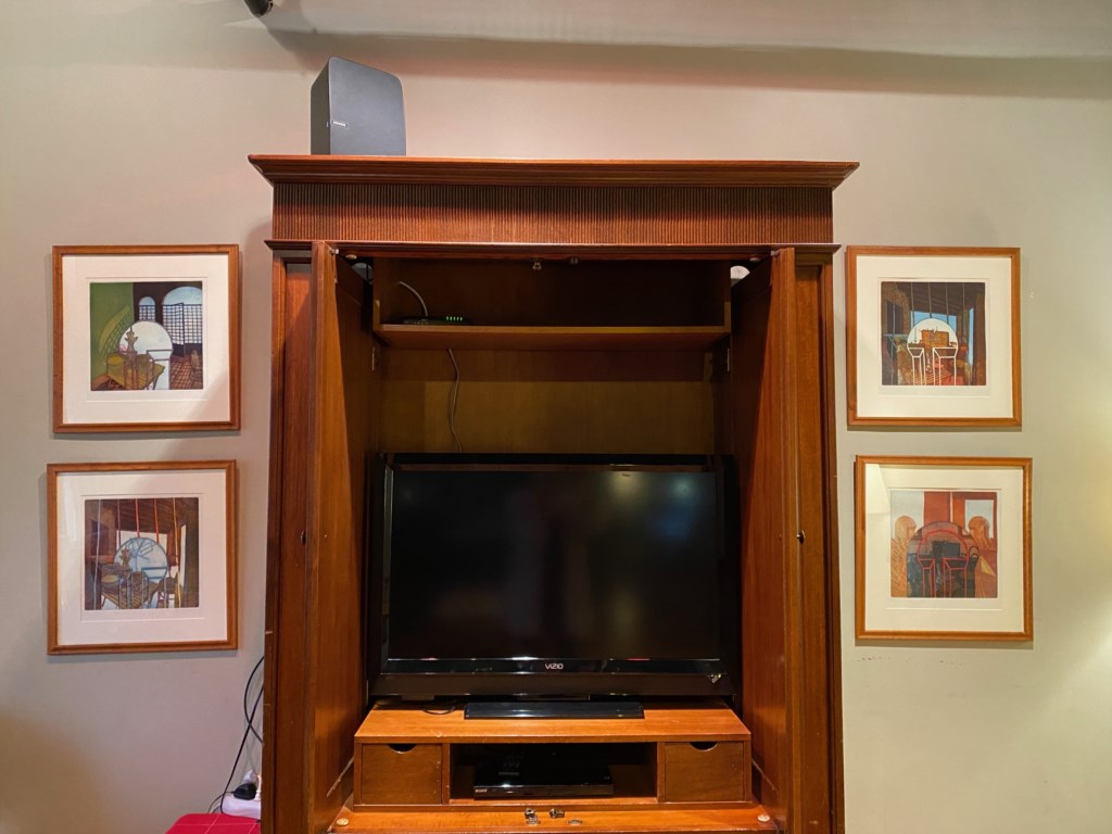 TV, high speed internet and WIFI. Login to WIFI to play your music on Sonos speaker (on top of cabinet)