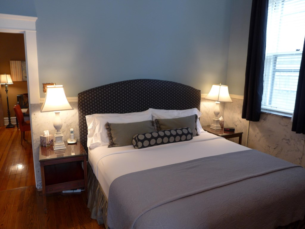 The Ullrich Suite features a King-sized bed.