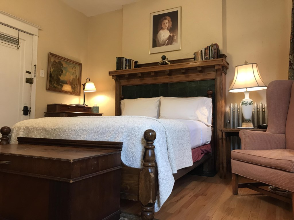 The Wilminette offers an excellent quality Queen-sized bed.