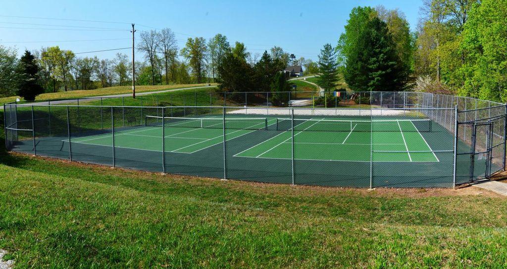 tennis courts 2018.jpg