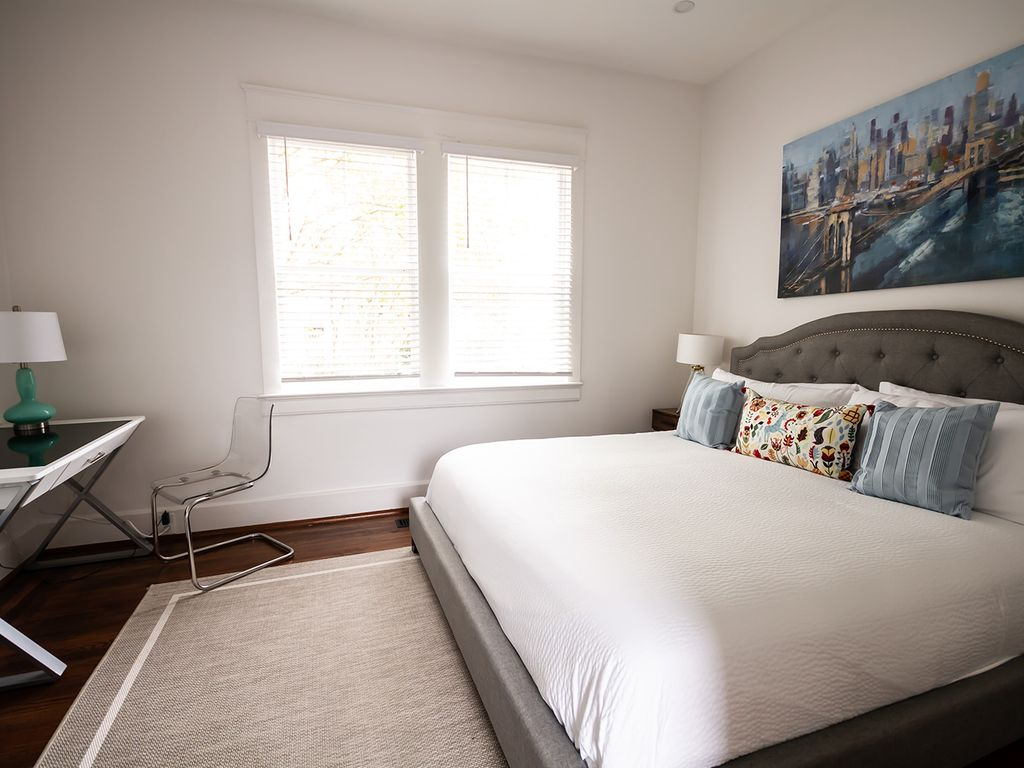 Front bedroom with king bed.