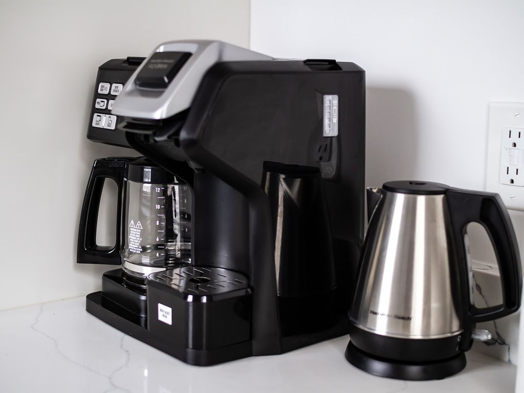 Popular combination Keurig style/drip coffee maker and an electric kettle.