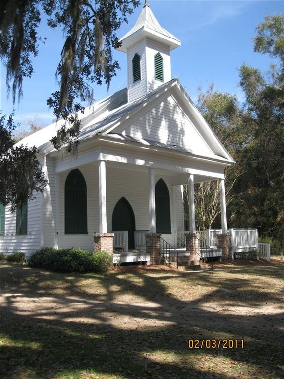 Grace Chapel  in the historic village of Rockville, a short walk from the house