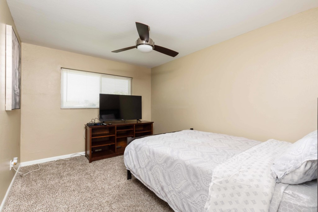 4th Bedroom with Queen bed and large flat screen TV