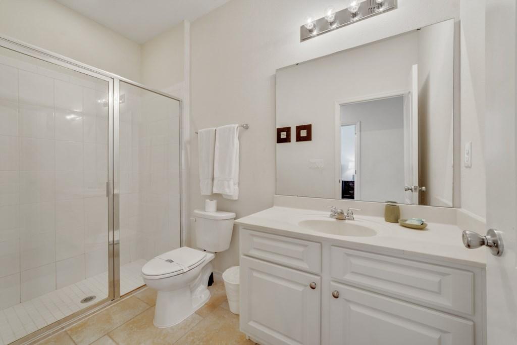Prviate Bathroom