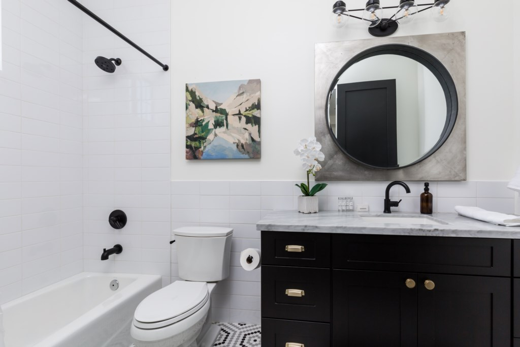 En-suite bathroom attached to second bedroom