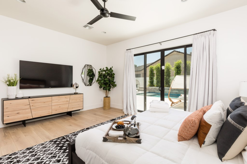 Master bedroom with access to the backyard