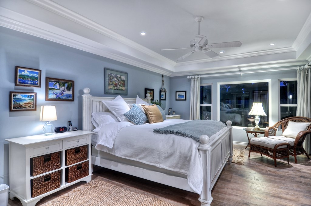 Cornelio San Clemente vacation home master bedroom.jpg
