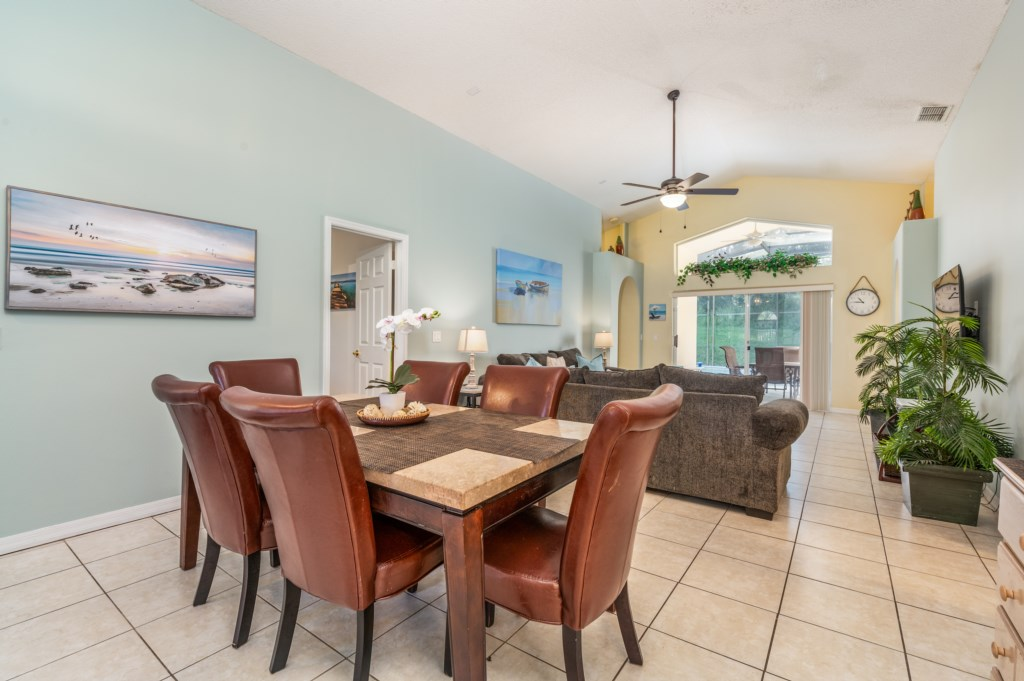 Dining room table seating 6