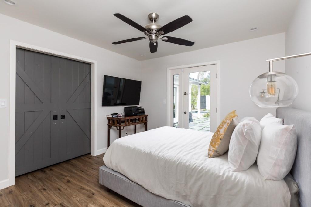 Bedroom with smart tv