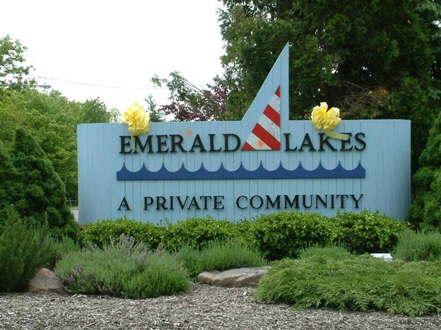 Emerald Lakes Community in the Poconos