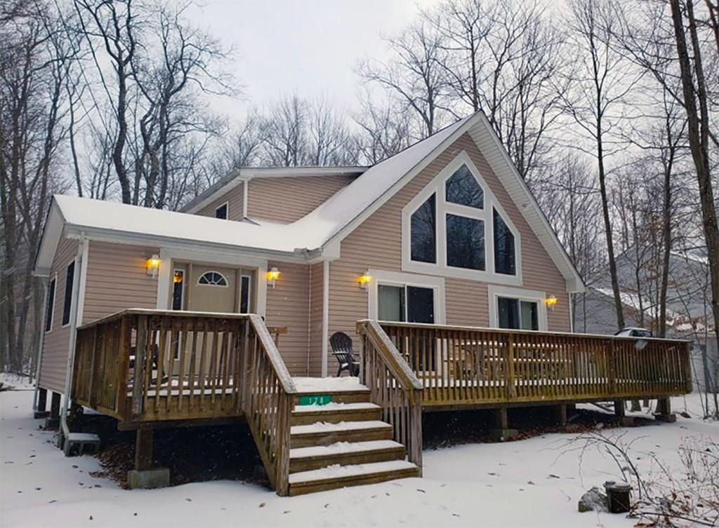 The Dakota Lodge in the Poconos
