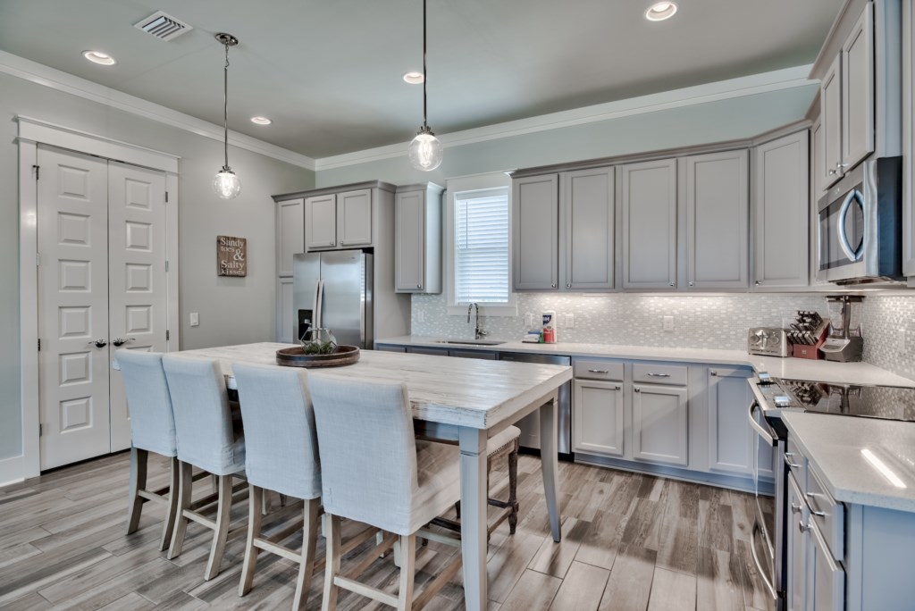 Beautiful Gourmet kitchen with easy flow to the Dining and Living space